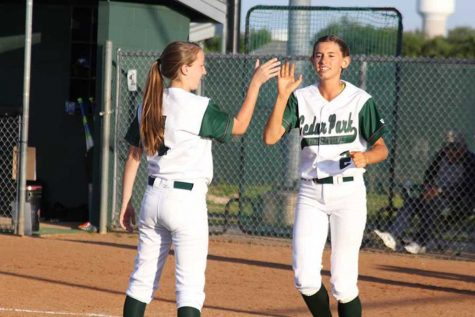 Varsity Softball girls end season short of playoffs