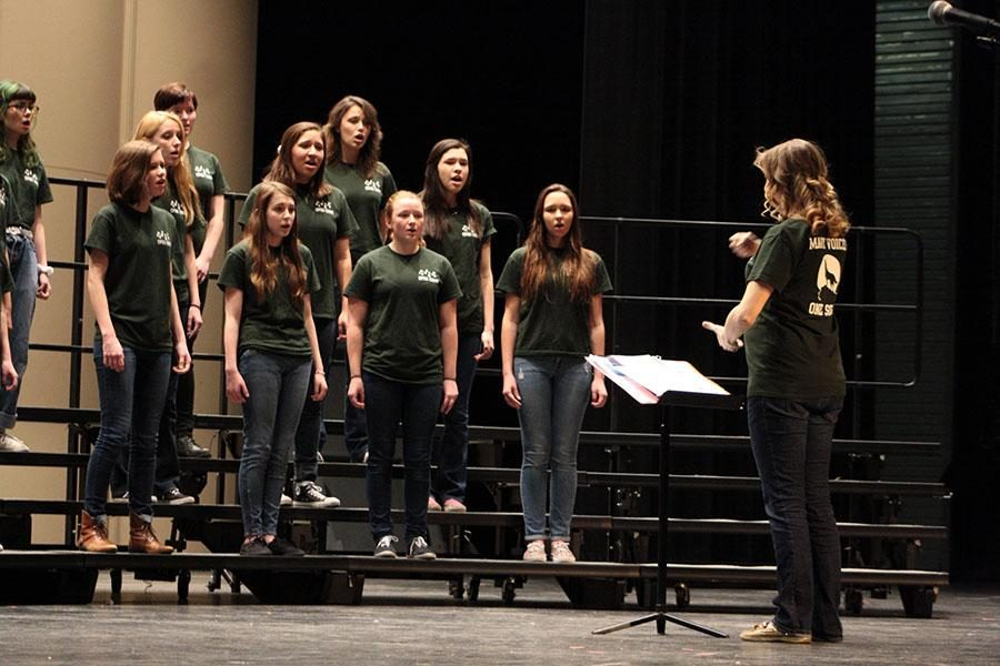 The+varsity+women%27s+choir+sings+%22Somewhere%22+from+West+Side+Story+at+the+A+Cappella+Concert+on+Feb.+5.++At+the+concert%2C+all+the+choir+groups+sang+together+a+chorus+of+songs+to+demonstrate+the+evolution+of+A+Cappella.++%22This+concert+was+really+fun%2C%22++sophomore+Seasons+singer+Faith+Cox+said.+%22It+was+very+successful%2C+because+our+main+goal+was+to+have+fun+and+I+had+a+blast.%22