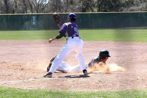 Varsity Baseball boys head into playoffs