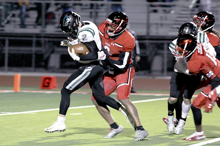 CPFB Defeats Manor, Clinches Home Playoff Game