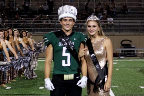 Majeston Haverda and Grayson Moore Crowned Homecoming King and Queen