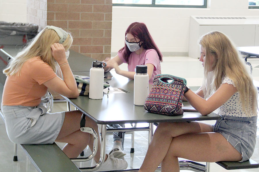 Sitting in the cafeteria, masked juniors eat lunch together. Schoolwide, students like junior Yash Shah are in full support of the mask mandate as a necessary measure against the COVID-19 pandemic. Masks are CDC-approved equipment that amount to a simple piece of cloth on your face, so I think people should at least wear them, Shah said.