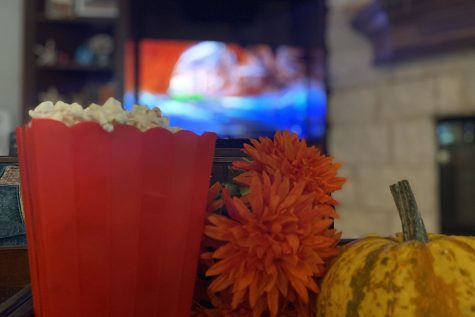 While being somewhat hard to come by, fall movies tend to be underrated and underknown when compared to Christmas and winter movies. However, classic fall movies like Halloween and Good Will Hunting are worth the watch.